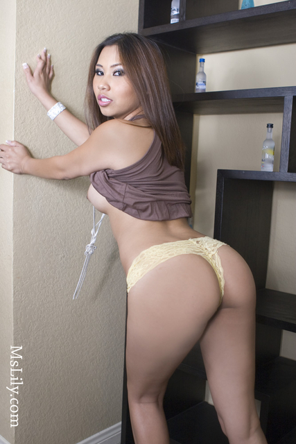 Hot girl nude booty super 10